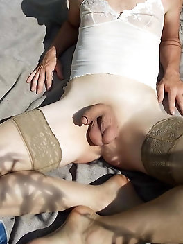 Dissolute tranny trollop is playing with her asshole