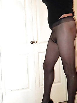 Young-looking tgirl slut is taking off her panties